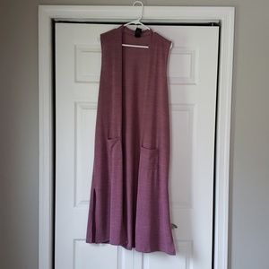 Sleeveless long cardigan - NEVER WORN